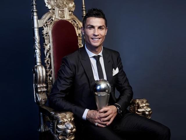 """Sau """"ngôi vua FIFA"""", Ronaldo trở mặt Real, đòi lương ngang Messi"""
