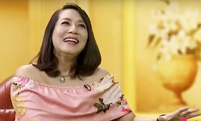 """""""Nữ diễn viên chua ngoa nhất màn ảnh Việt"""" mệt mỏi khi yêu người cuồng ghen"""