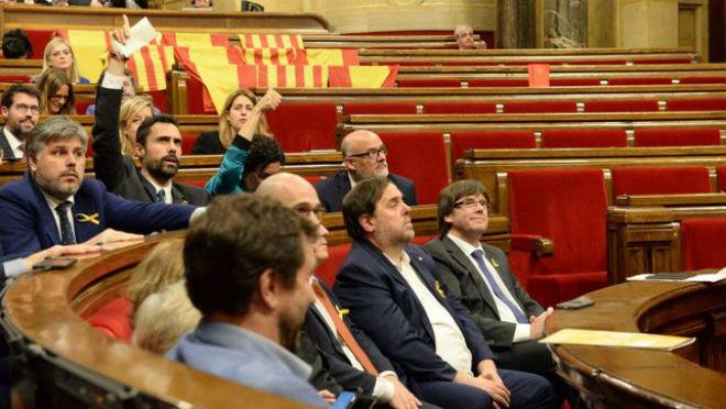 Catalunya độc lập: Barca - Messi án binh bất động, báo giới tránh đổ dầu vào lửa