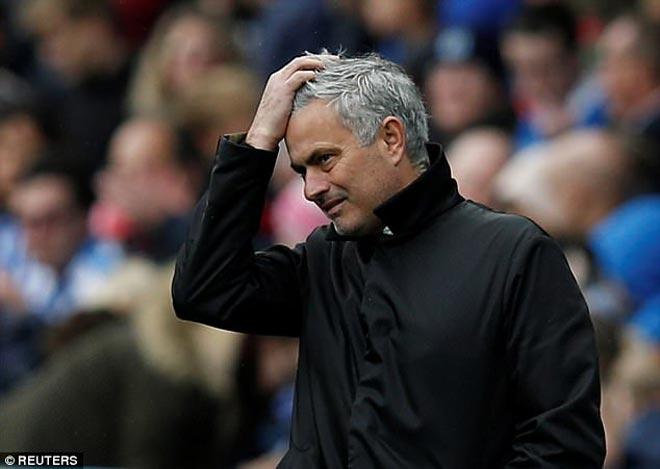"""Mourinho """"sấy tóc"""" dàn sao MU hơn cả Sir Alex, lộ chiến thuật đấu Tottenham 1"""
