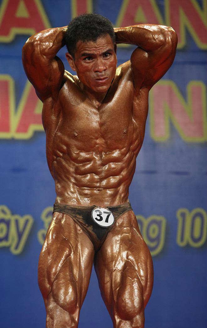 Phạm Văn Mách vô địch thế giới thua lực sỹ cơ bắp cuồn cuộn - 13