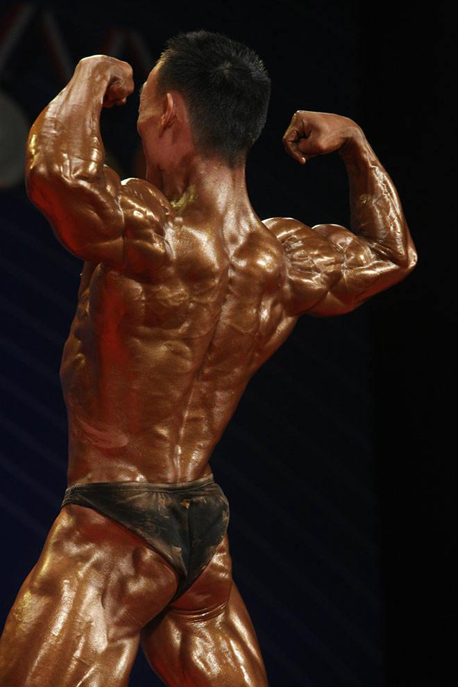 Phạm Văn Mách vô địch thế giới thua lực sỹ cơ bắp cuồn cuộn - 14