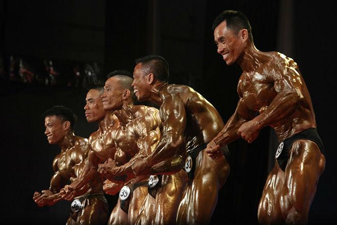 Phạm Văn Mách vô địch thế giới thua lực sỹ cơ bắp cuồn cuộn - 6
