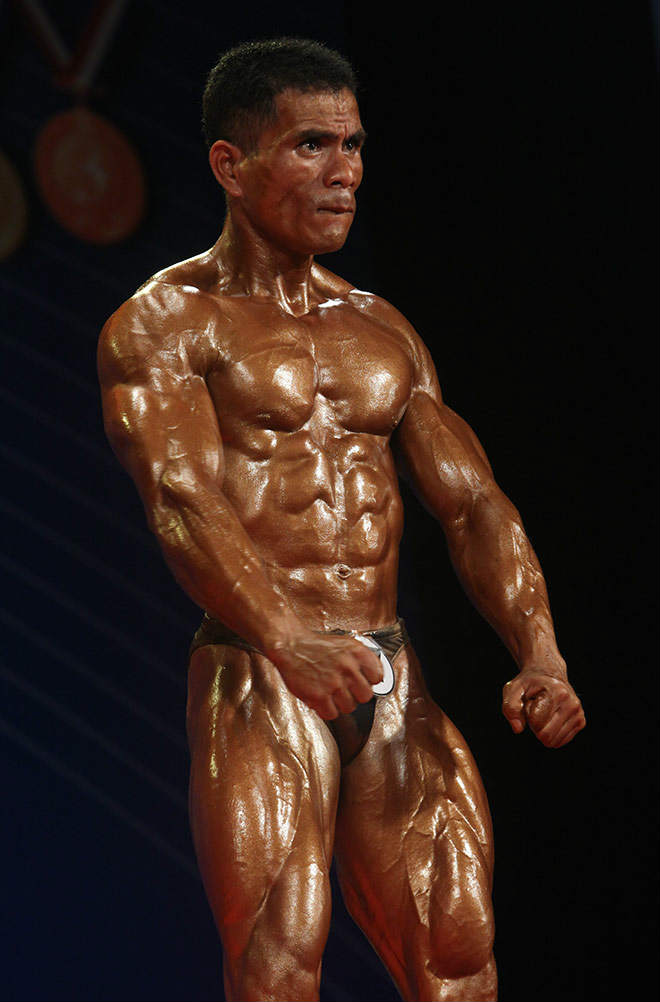 Phạm Văn Mách vô địch thế giới thua lực sỹ cơ bắp cuồn cuộn - 9