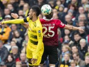 Hannover - Dortmund: Đại tiệc bàn thắng  &  thẻ đỏ hy hữu