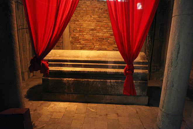 Khám phá công trình lăng mộ cổ bằng đá bậc nhất Thủ đô - 16