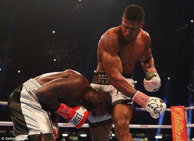 Boxing tuyệt đỉnh, Anthony Joshua - Carlos Takam: Cú đấm sấm sét & 10 hiệp kịch chiến 1