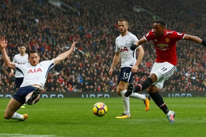 """MU hạ Tottenham: Mourinho chờ """"gậy ông đập lưng ông"""" với Chelsea 1"""