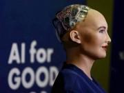 """Công nghệ thông tin - Gặp Sophia, công dân robot đầu tiên của thế giới, kẻ nói sẽ """"hủy diệt loài người"""""""