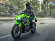 2018 Kawasaki Ninja 400: Lời răn đe với loạt đối thủ