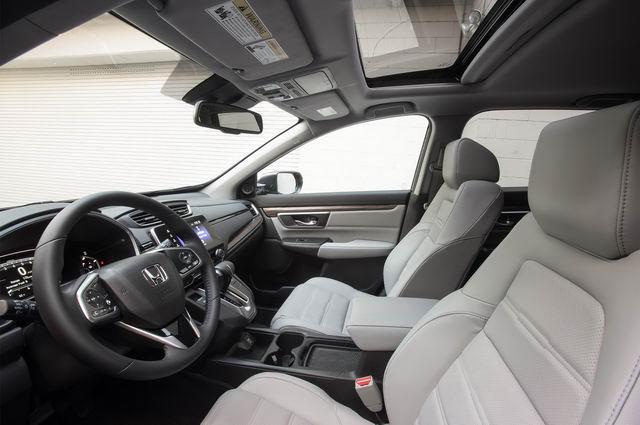 Honda CR-V 2018 có giá từ 570 triệu đồng - 2