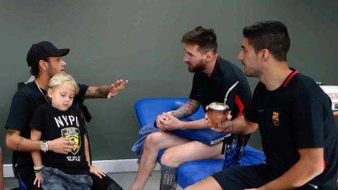 PSG sắp bị đuổi khỏi cúp C1, Neymar hối hận đã rời Barca