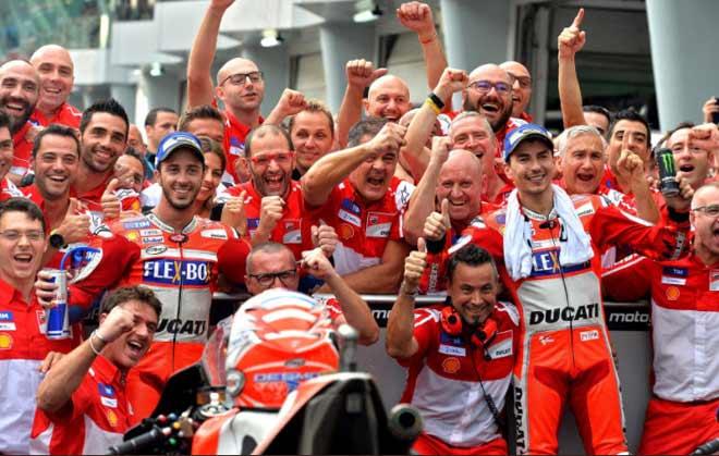 """Đua xe MotoGP: """"Anh trai mưa"""" và phép màu mong manh cho người Ý - 3"""