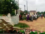 Trưởng thôn chặn xe cưới để đòi nợ giao thông nông thôn