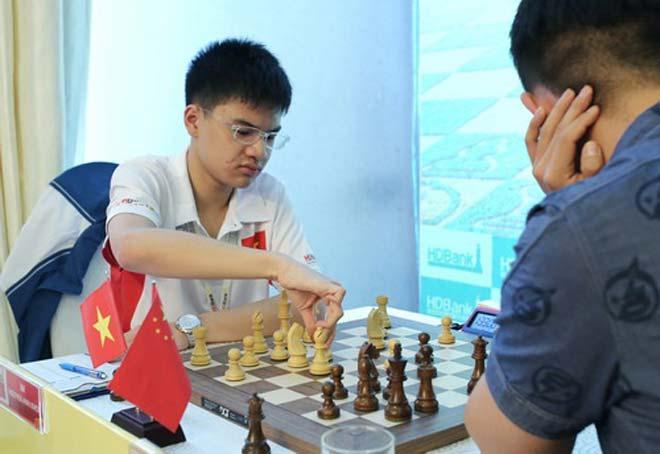 """Nguyễn Anh Khôi giành """"cú đúp vàng"""" cờ vua trẻ thế giới 2"""