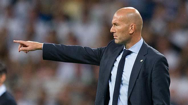 """Real """"hít khói"""" Barca, Zidane bị dọa thay bằng HLV Tottenham"""