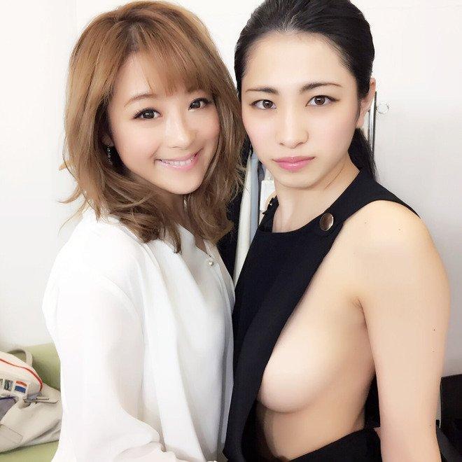 """""""Hoa hậu vòng 1 đẹp"""" Nhật Bản chuộng mốt không nội y mỗi ngày - 3"""