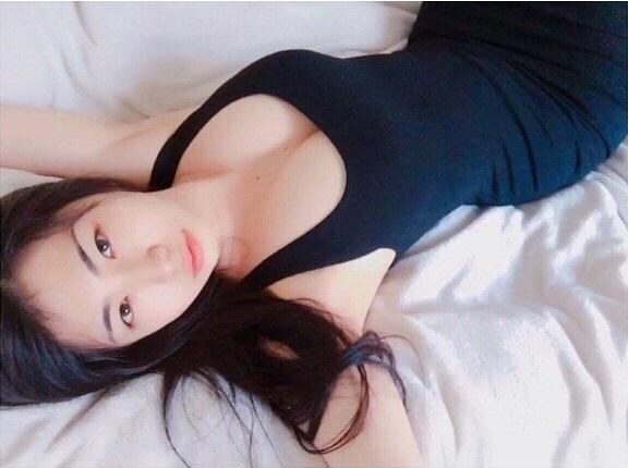 """""""Hoa hậu vòng 1 đẹp"""" Nhật Bản chuộng mốt không nội y mỗi ngày - 8"""