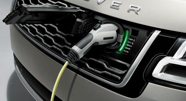 """Range Rover PHEV: Xe điện chuyên """"cày"""" địa hình - 2"""