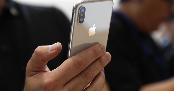 Bất chấp tin đồn iPhone X lên kệ tại Việt Nam đúng 3/11 - 1