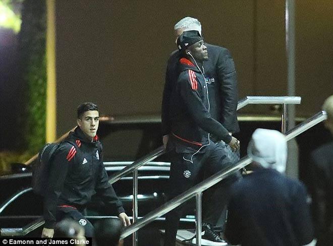TRỰC TIẾP bóng đá MU - Benfica: Martial & Lingard xuất phát 23