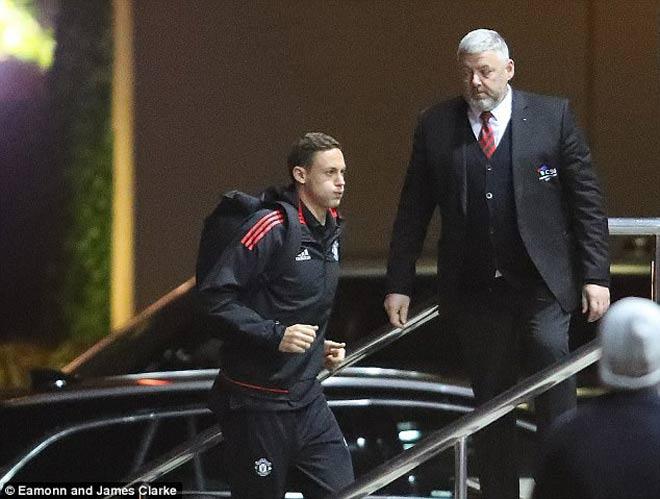 TRỰC TIẾP bóng đá MU - Benfica: Martial & Lingard xuất phát 24