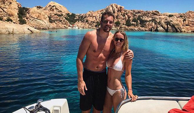 """Mỹ nhân tennis 2017, Wozniacki: Cặp trai đẹp là không ngừng """"thăng hoa"""" 1"""