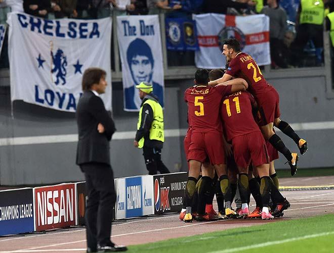 """Rực lửa cúp C1: Messi & Suarez mờ nhòa, Chelsea gây """"động đất"""" 2"""