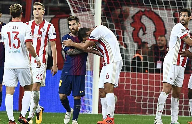 """Rực lửa cúp C1: Messi & Suarez mờ nhòa, Chelsea gây """"động đất"""" 8"""