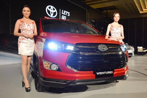 Toyota Innova Venturer về Việt Nam, giá 855 triệu đồng - 2
