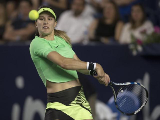 """Mỹ nhân tennis 2017, Bouchard: Ăn mặc càng """"hở"""", thi đấu càng dở"""