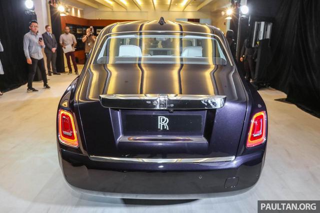 Rolls-Royce Phantom 2018 giá 12 tỷ đồng ở châu Á - 2