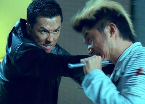 Chân Tử Đan suýt mù, Thành Long gãy răng vì giao chiến trên màn ảnh - 4