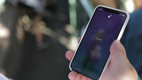 Apple sẽ không cố gắng đưa máy quét dấu vân tay Touch ID vào iPhone X - 1