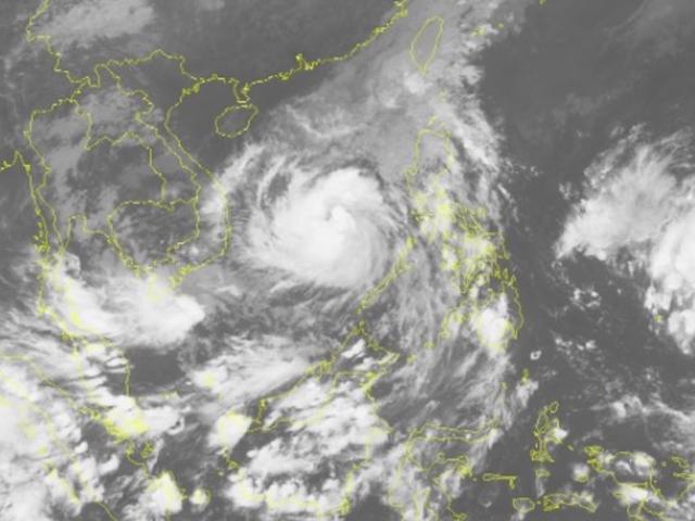 Đêm nay trên đất liền ven biển từ Bình Định đến Ninh Thuận gió giật cấp 15 - 4
