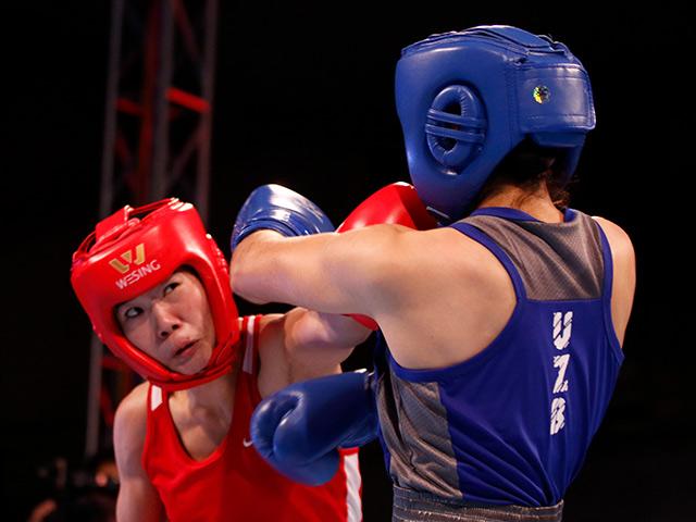 Người đẹp boxing Việt Nam vô địch châu Á sau trận kịch chiến 12