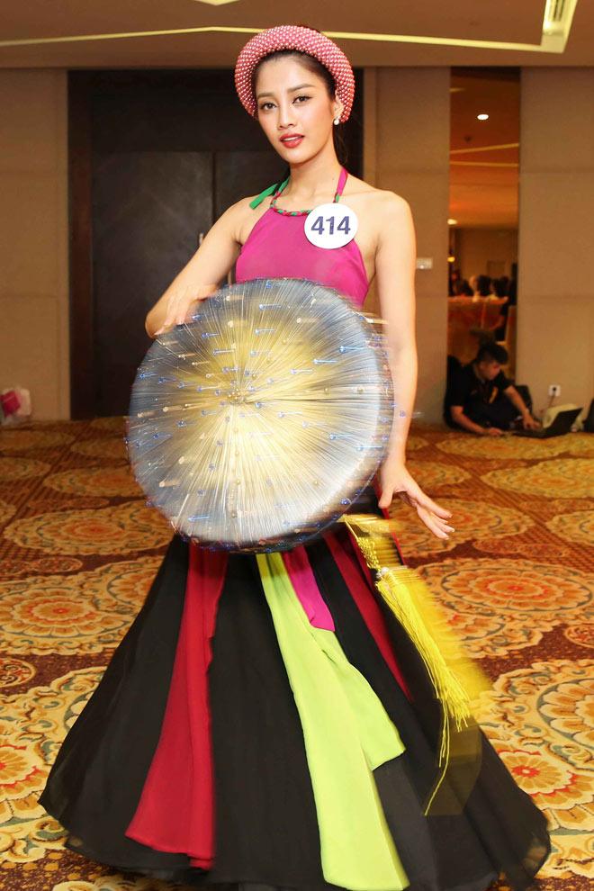 Màn múa đầy mê hoặc tại Hoa hậu Hoàn vũ Việt Nam - 6