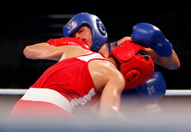 """2 người đẹp boxing Việt Nam """"vùi dập"""" cao thủ, đại thắng ở giải châu Á 9"""
