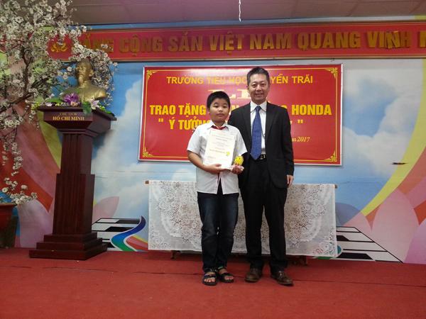 Honda Việt Nam trao thưởng cho trường có thí sinh đạt giải Cuộc thi Ý tưởng Trẻ thơ 2017 - 5