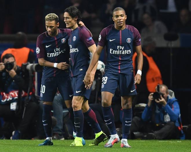 "PSG 17 bàn 4 trận Cúp C1: ""Quỳ rạp"" Neymar–Cavani–Mbappe"