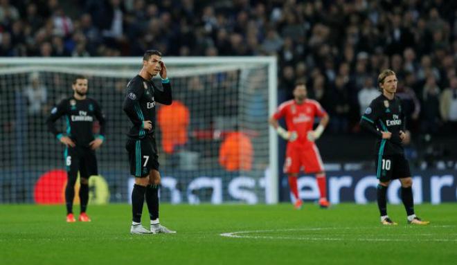 Real lâm nguy, Ronaldo rũ bỏ: Hờn dỗi hay âm mưu tháo chạy 1