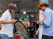Thị trường - Tiêu dùng - Khai tử xăng A92, lo thiếu xăng A95