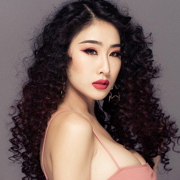 Muôn kiểu áo khoe vòng 1 của DJ Việt, ai đẹp hơn ai? - 3
