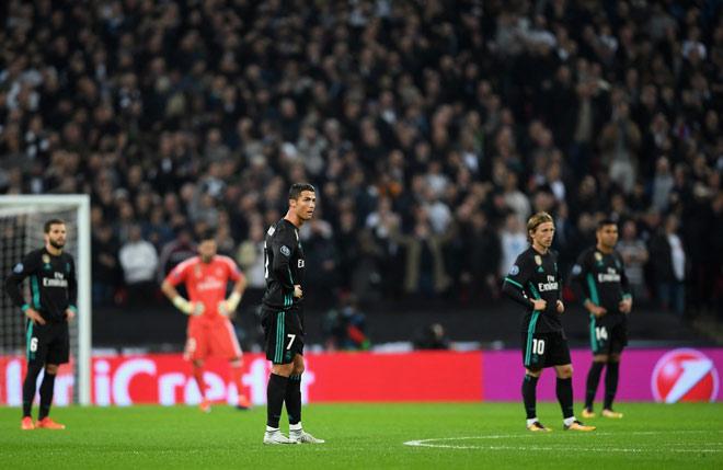 """Ronaldo đã già, Real Madrid cần """"bom tấn"""" hơn bao giờ hết - 2"""