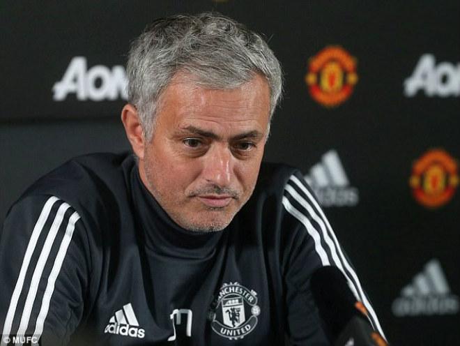 """Roy Keane """"dạy"""" Mourinho: Lương 9 triệu bảng, im miệng & làm việc đi! - 4"""