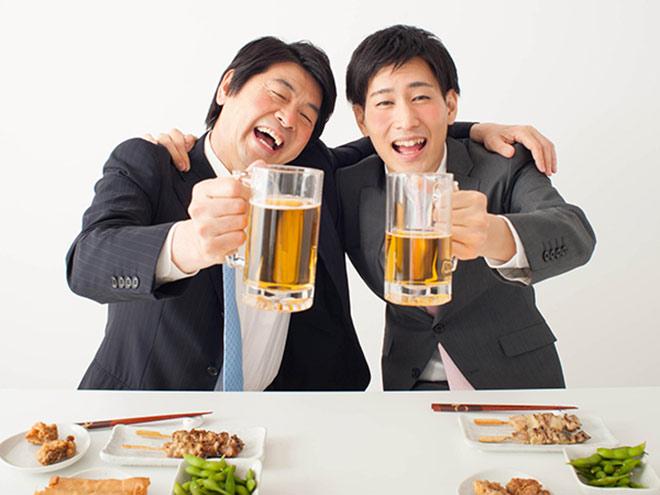 """Sử dụng nhiều rượu bia khiến đại tràng bị """"hủy hoại"""" nghiêm trọng - 1"""