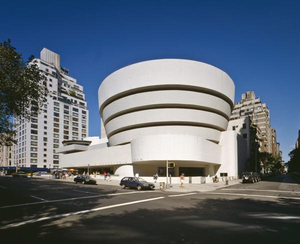 Thương hiệu Mido trình làng tạo tác đồng hồ Guggenheim tại New York, Mỹ - 2