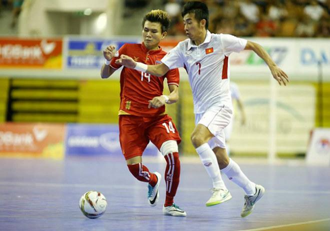 Tin HOT bóng đá tối 3/11: Futsal Việt Nam thua penalty, kết cục đắng ngắt 1