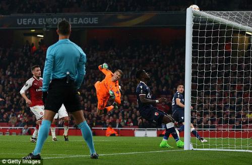 Chi tiết Arsenal - Crvena Zvezda: Nhiệm vụ bất khả thi (KT) 22