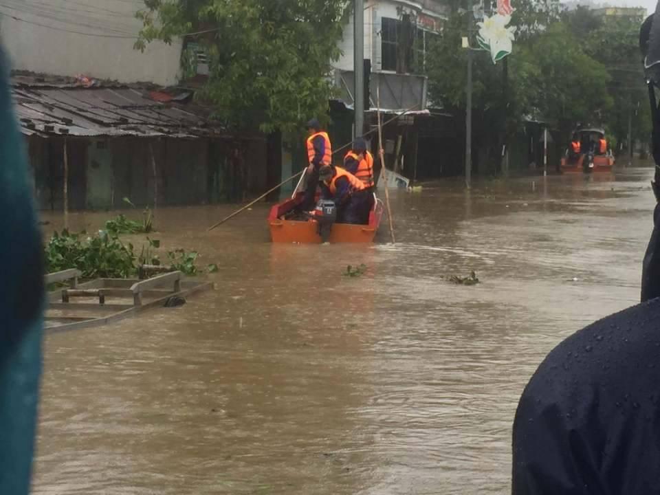 Chùm ảnh sức tàn phá khủng khiếp của bão số 12 - 22